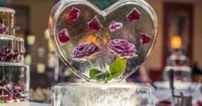 saint valentin déco cœur de glace et roses